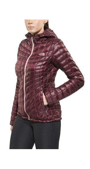 The North Face ThermoBall Jas Dames rood